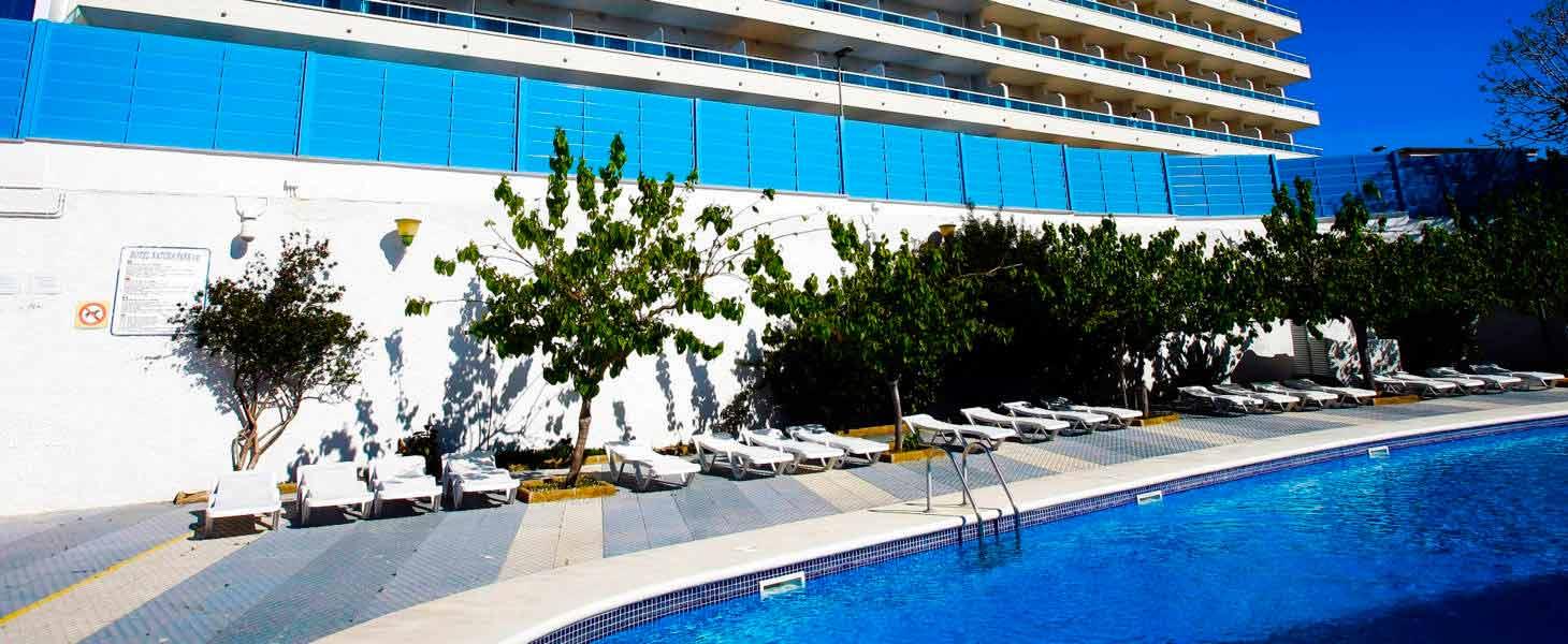 Hotel con piscina en Comaruga Medsur