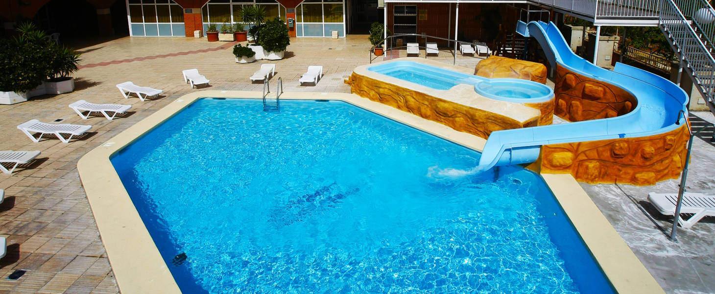 Hotel en San Carlos de la rapita con piscina Medsur